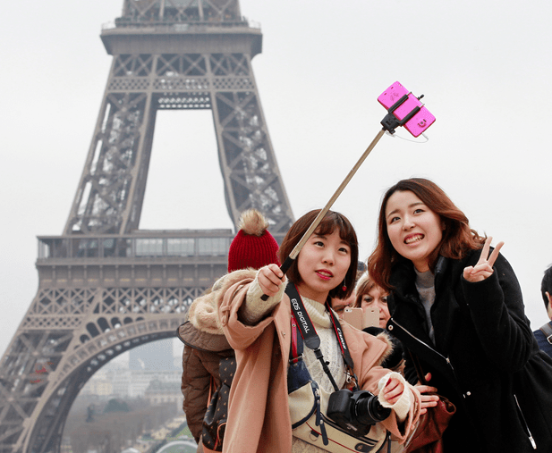 Selfie-Stick-Paris